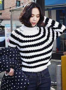 코코베른☆KF170/Min stripe knit/여성니트/뜨개니트/단가라/슬림핏/롭업소매/스타일리쉬/폴라넥