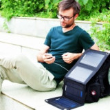[중고][리퍼] Anker 태양광 핸드폰 충전기 (USB 2포트 14W)