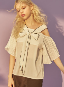 [듀이듀이] SHOULDER OPEN RIBBON BLOUSE_WHITE