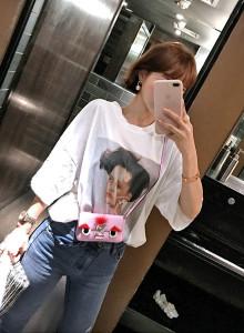 [임블리]진주귀걸이를한블리 티셔츠