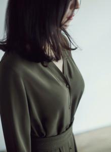 카인듀 / 로브드레스 / KINDEW robe dress (khaki)
