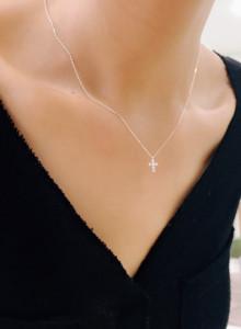 작은 데일리 십자가 목걸이 (블랙,화이트, 핑크/ 925 silver )