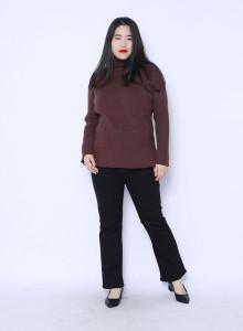 폴라 래글런 스웨터