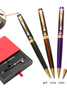 스위스 와그너 프레스티지 볼펜...레이저 이니셜을 새겨드립니다...품격 있는 선물(기념품, 판촉물, 답례품, 홍보물)로 가성비가 아주 높습니다. 누구나 반하는 품격있는 볼펜...