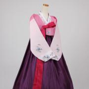 [중고][B급] 여성한복 A429 (77 사이즈) 화사하고 예쁜 전통한복